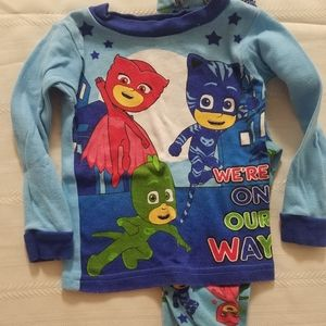 Boys 2T PJ MASKS pajamas long sleeve